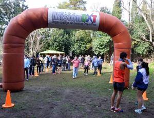 Participaron de la carrera tanto atletas federados como no federados.