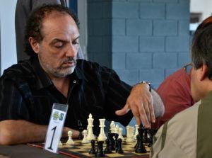 Guillermo Soppe se retira del ajedrez en este 2015, ante esta noticia el Instituto Milenio de Villa Allende lo homenajeará en el 2° Torneo de esta disciplina que se llevará adelante el próximo 6 de septiembre.